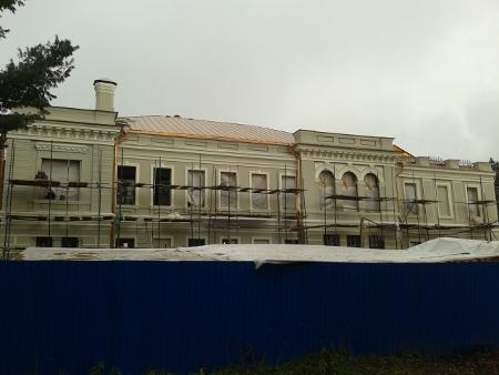 Реставрационные работы во дворце Василия Асеева в городе Рассказово подходят к завершению