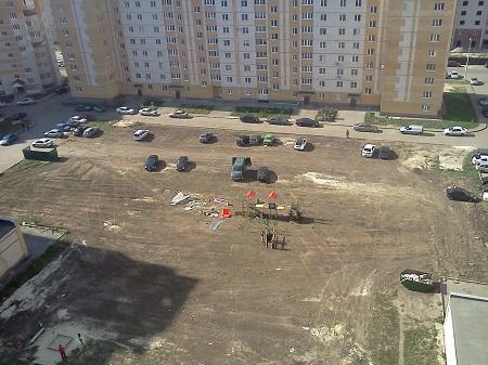Тамбовские родители обеспокоены отсутствием во многих дворах города детских площадок