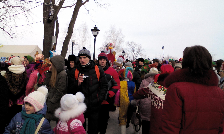 На территории усадьбы Асеевых в Тамбове прошли народные гуляния в рамках Масленичной недели