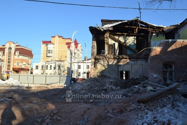 Два старинных дома по улице Советской готовятся к сносу