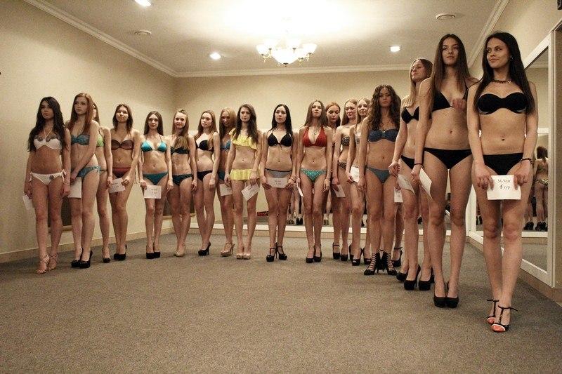 """На первый кастинг конкурса """"Мисс Тамбовская область-2014"""" пришли 40 девушек"""