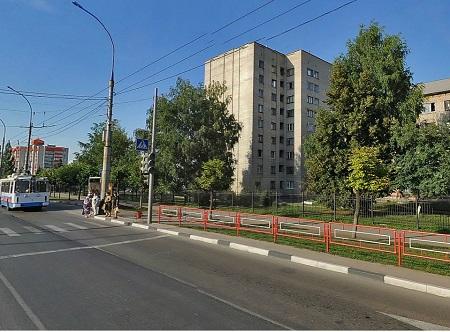 Выселить из общежития не удалось: студенты ТГУ им. Державина отстояли право на 9-этажное здание в центре города
