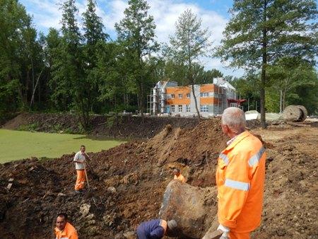Подробный отчет о ходе строительства стадиона в парке Дружбы