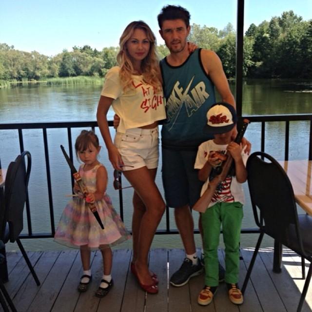 Юрий жирков с семьёй побывал на родине