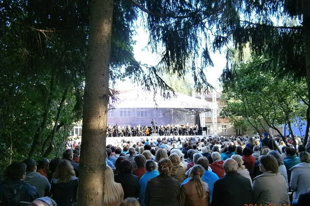 Выступление прославленного пианиста Николая Луганского закрыло международный фестиваль имени Сергея Рахманинова
