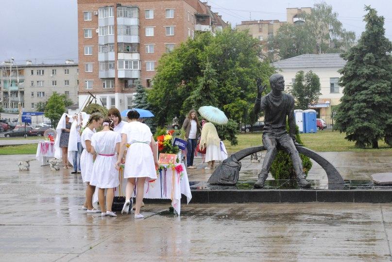 Студенты и студентки резвятся в большой ванной русские 14 фотография