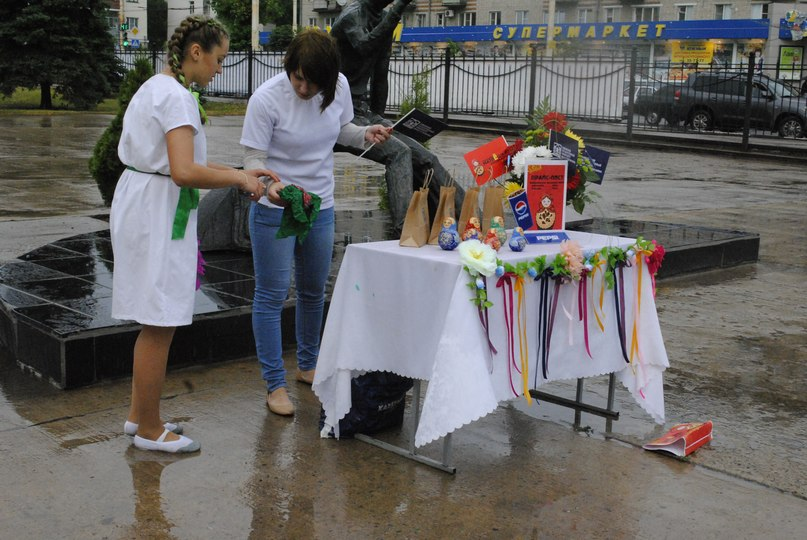Студенты и студентки резвятся в большой ванной русские 9 фотография