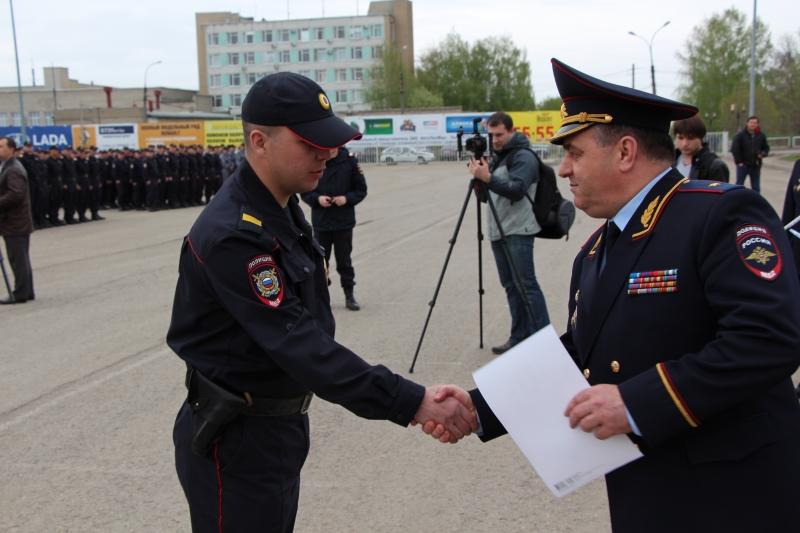 В Тамбове прошел гарнизонный строевой смотр сотрудников органов внутренних дел