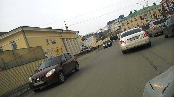Впервые на дорогах Тамбова нанесут разметку из термопластика