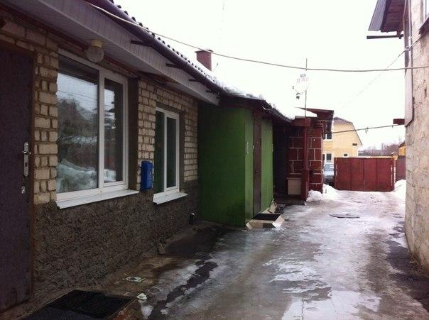 Вице-губернатор поддержал жильцов аварийного дома