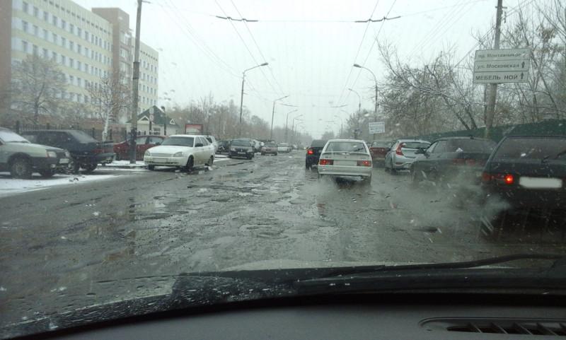 Администрация Тамбова пообещала восстановить ремонт дорог снаступлением тепла
