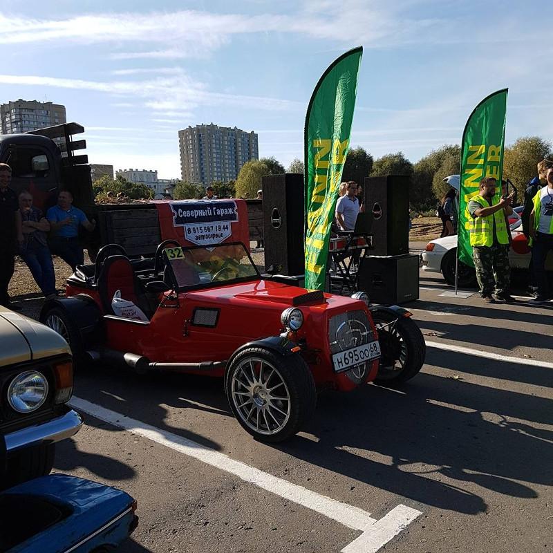 ВТамбове состоялся автомобильный фестиваль Crazy parking