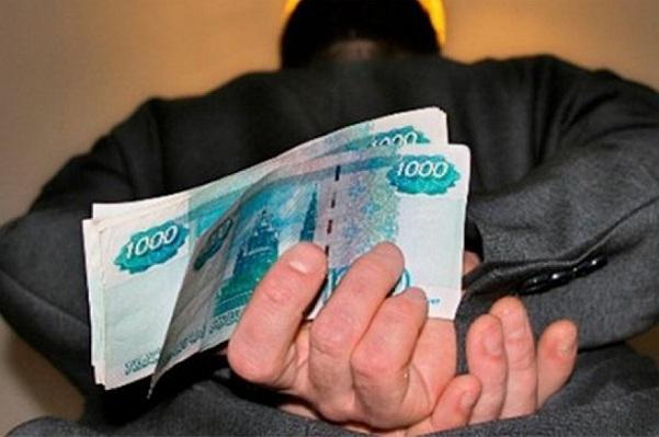 полип кража в размере 100 тысяч рублей было