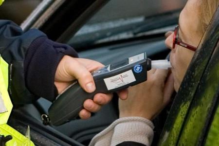 В праздничные выходные автоинспекторы будут ловить нетрезвых водителей