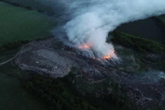 В Моршанском районе горит старая свалка