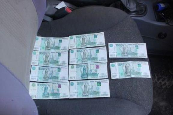 В Тамбовской области 21-летний молодой человек пытался дать взятку полицейскому