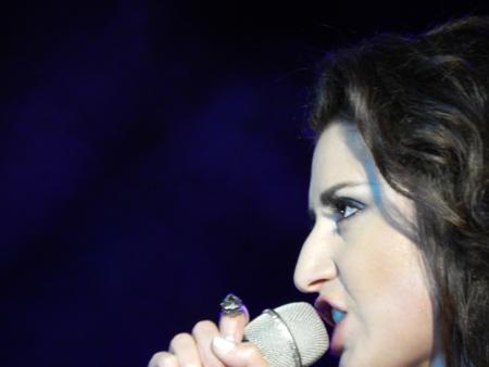"""""""Я счастлива быть в вашем городе, тамбовчане! Пусть сегодня за меня говорят мои песни"""", - сказала, открывая свой концерт в Тамбове, певица Жасмин"""
